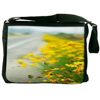 Snoogg Roadside Designer Laptop Messenger Bag