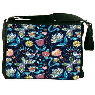 Snoogg Seamless Texture With Flowers Designer Laptop Messenger Bag