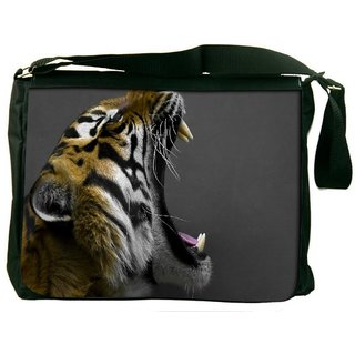 Snoogg Tiger Roar Digitally Printed Laptop Messenger  Bag