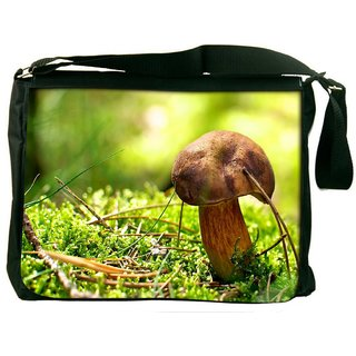 Snoogg Mushroom Digitally Printed Laptop Messenger  Bag
