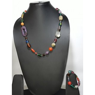 Glass beads en wood multi colour necklace