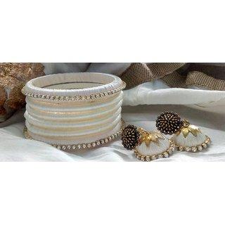 Light white silk thread bangle