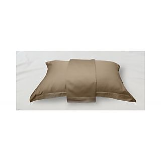 Taupe Solid Bed Sheet with Marrowing Pillow Covers (Bedsheets (King XL))