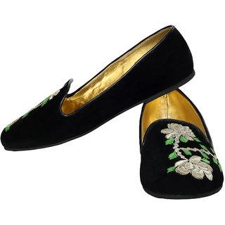 Claude Lorrain Casual Embroidered Ballerina