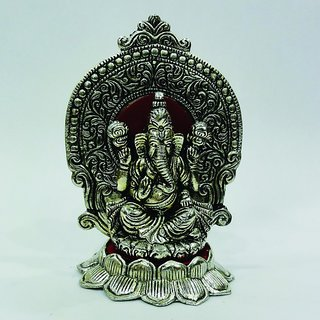 Buy Lord Ganesha Pretty Pooja Idol In White Metal Online Get 20 Off