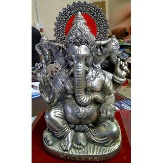 Lord Ganesha Pretty Pooja Idol in White Metal