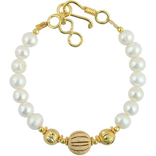 Pearlz Ocean Black and White Stretchable 7.5 Inches Pearl Bracelet for Women