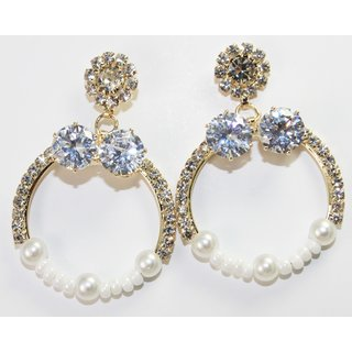 Circular Shape Gold Tone Earrings With Pearls
