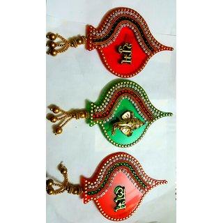 Satya acrylic leaf shaped shush Labh with ganesh