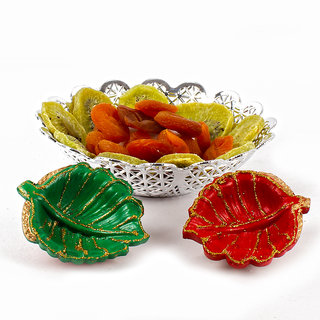 Diwali Earthen Diya with Designer Bowl of Dry Kiwi and Dry Apricot
