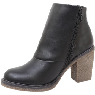 Athlego Womens Black Boots