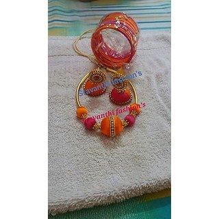 Sravanthi Fashion's  silk thread bangles