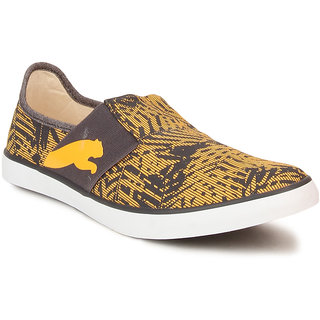 Puma Lazy Slip On Graphic Dp Men's Yellow Slip on Casual Shoes