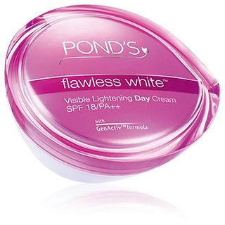 Pond'S Flawless White Visible Lightening Day Cream, 50G