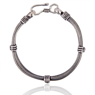 Diva Walk Silver Alloy  Bracelet For Women-00793