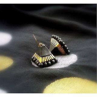 Terracotta-Pyramid shaped Black earrings