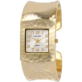 Vernier Womens VNR1830 Gold Tone Hammered Bangle Watch