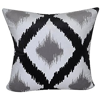 Loom & Mill P0463-2222P Black Ikat Decorative Pillow, 22 x 22