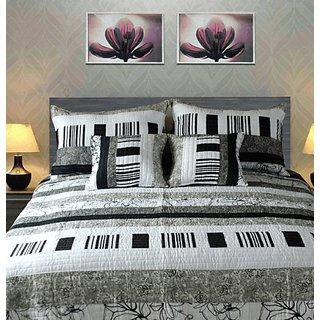 Tache 5 Piece 100% Cotton Bohemian Black and White New York Penthouse Quilt Set Full