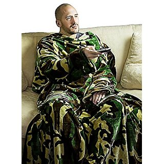 Large Supersoft Camouflage Fleece TV Blanket with Sleeves