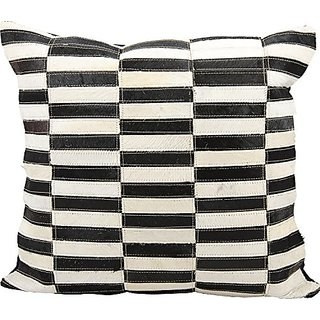 Mina Victory by Nourison S3900 black/White Decorative Pillow, 20
