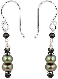 Step-up with Pearlz Ocean's 925 Silver, Fresh Water Pearl Earrings.