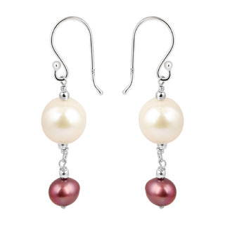 Pearlz Ocean 925 Silver with Fresh Water Pearl Earrings only for women.