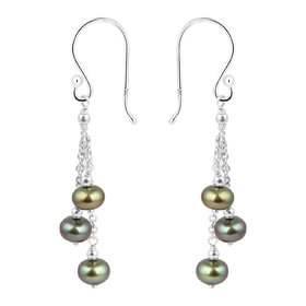 Beautiful 925 Sterling Silver with Fresh Water Pearl Earring by Pearlz Ocean.