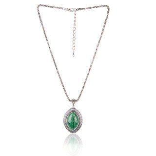 Diva Walk green alloy necklace-00936