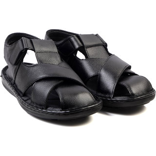 Wallcruz Men Black Sandals