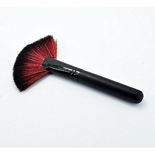 Fan-shaped Single beauty brush with soft hair and wooden handle (A00208)