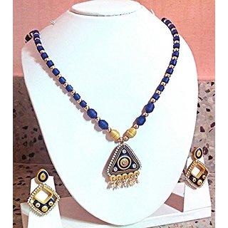 fashion jeweleries Crystal Women's neklesh(Multicolor)