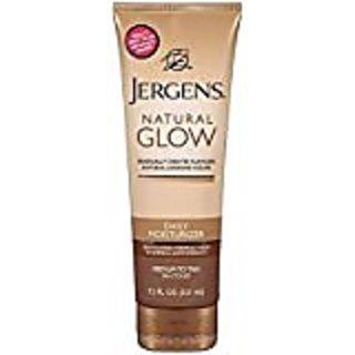 Jergens Natural Glow Daily Moisturizer Revitalizing Medium/Tan Skin Tones 9.4 Fl Oz (278 mL)