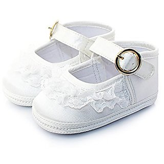 42bcc97d595 Buy Itaar Baby Girls Shoes With Lace Decor Soft Sole Golden Buckle Online    ₹1461 from ShopClues