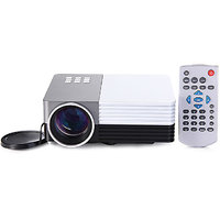 GM50 Portable Mini LED Projector 30W 150 Lumens Projector For Home Theater