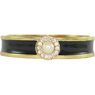Ce'lavy Super Stylish Pearl Tucked Black Bracelet For Girls  Women