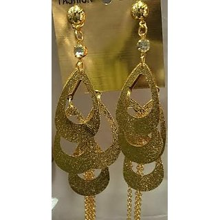 Las Earrings With Golden Colour