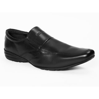 f4afdcf5e18 Buy Red Chief Black Men Slip On Formal Leather Shoes (RC1308R 001 ...