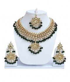 Green Designer Kundan Partywear Necklace set With Mang tikka