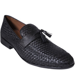 buy gnx men's black slip on casual shoe online  ₹2999