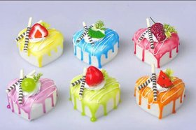 Satya heart shaped creamy cake fridge magnet (4pcs)