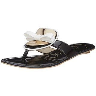 Catwalk Women's Black Flats