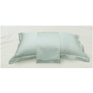 Blue Solid Bed Sheet with Marrowing Pillow Covers (Bedsheets (Single))