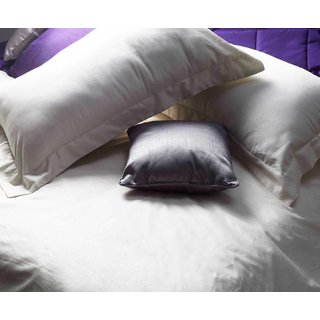Ivory 300 TC Sateen King Bedsheet with 2 Pillow Covers (Bedsheet Set (King))