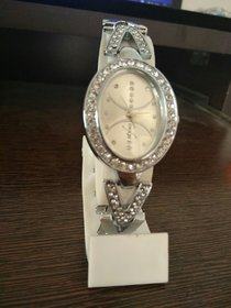 new style diamond dial oval  shape watch