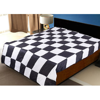 Patch Work Black N White Sigle Quilt (225X150 Cms)