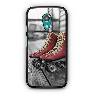 YuBingo Skates Designer Mobile Case Back Cover for Motorola G2