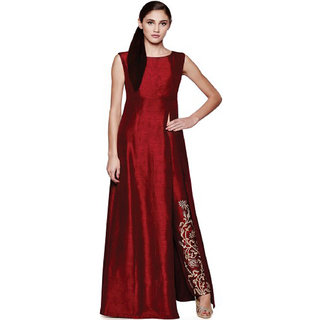 Visach Maroon Embroidered Kurti For Women