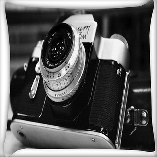 Snoogg Camera Black And White Digitally Printed Cushion Cover Pillow 16 x 16 Inch