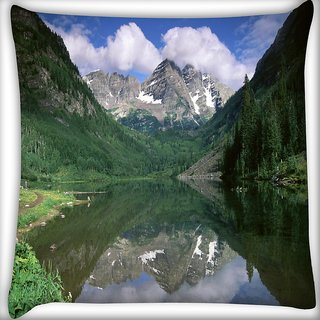 Snoogg Green Mountains Digitally Printed Cushion Cover Pillow 24 X 24 Inch